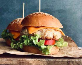 Burger tôm siêu ngon và lạ